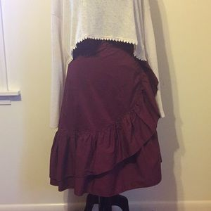 Gorgeous burgundy Eloquii ruffle flounce skirt